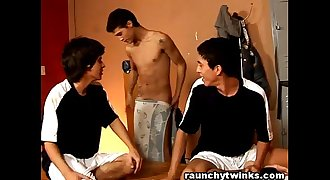 Teen Boys Schoolmates Gets Naughty Inside The Locker Room
